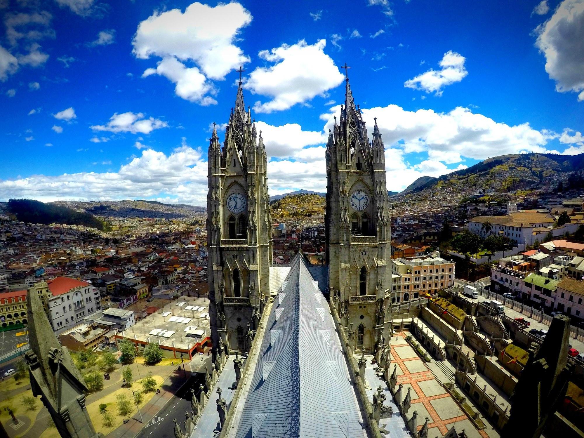 Basílica del Voto Nacional in Quito, Ecuador!