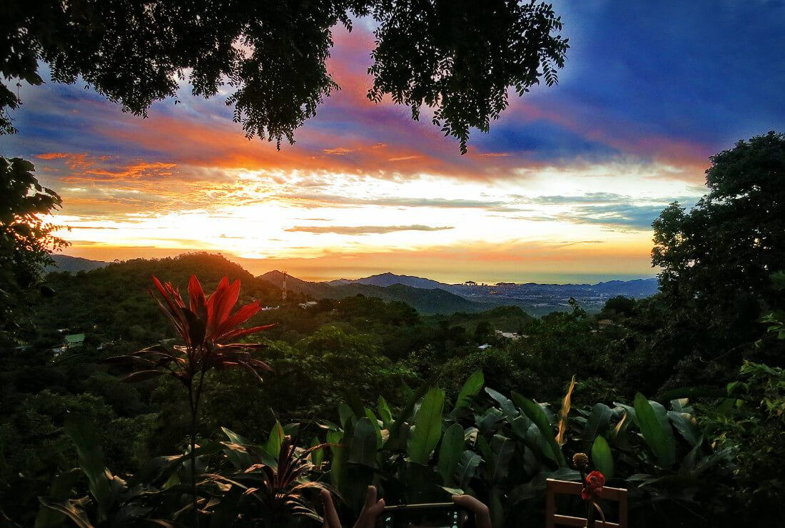 The sunset from Casa Loma Minca Hostel in Minca, Colombia is one of the most stunning and peaceful we've ever seen. Casa Loma Minca is one of the best hostels in Colombia!