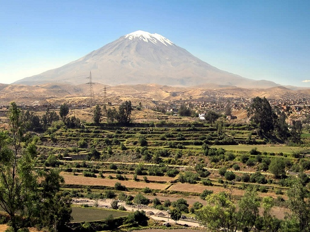 El Misti, an enormous volcano in Peru, is also home to Incan mummies and other historical artifacts.