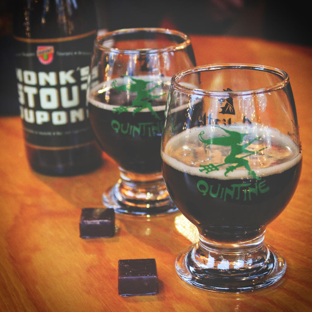 You can't have a beer and chocolate bar without pairing a beer and a chocolate, can you? Belgian chocolate and a dark Stout beer on the Brussels beer and chocolate tour.