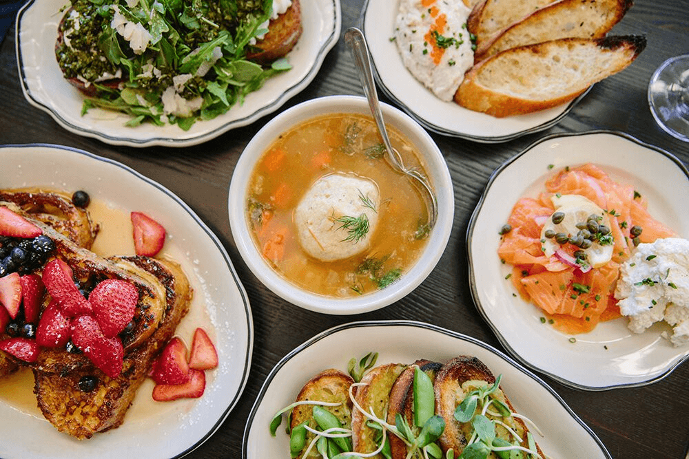 A local's guide to where to eat in Oakland. The best restaurants in Oakland for getting incredible food in Oakland, California!