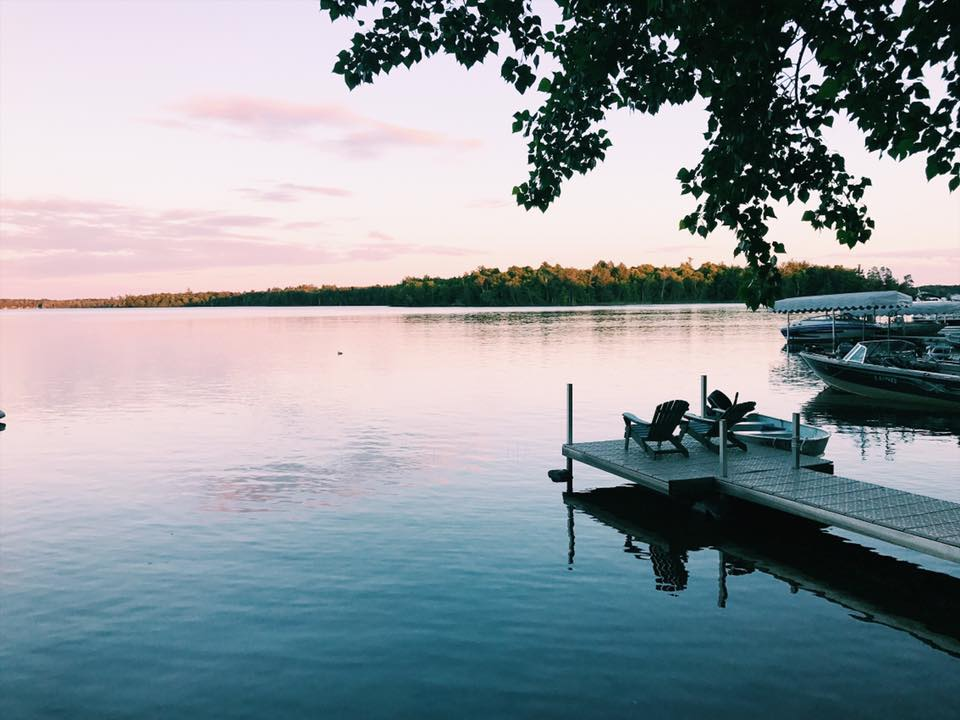 Bay Lake, Minnesota is one of the best places to visit in Minnesota, USA!