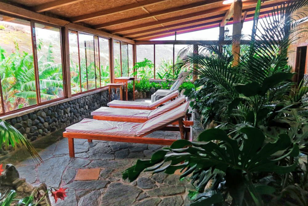 The eco-resort and hostel at Hostel Izcayluma in Vilcabamba, Ecuador offers incredibly affordable and relaxing beauty and spa services.