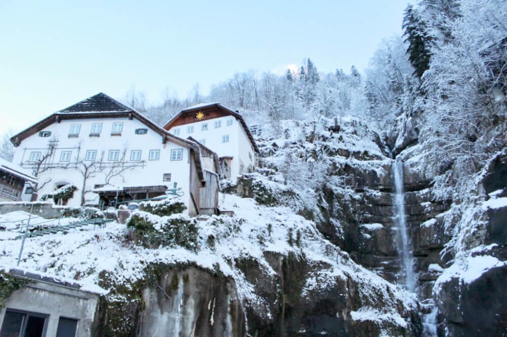 18 Snowy Pictures Of Hallstatt Austria In Winter To Fuel