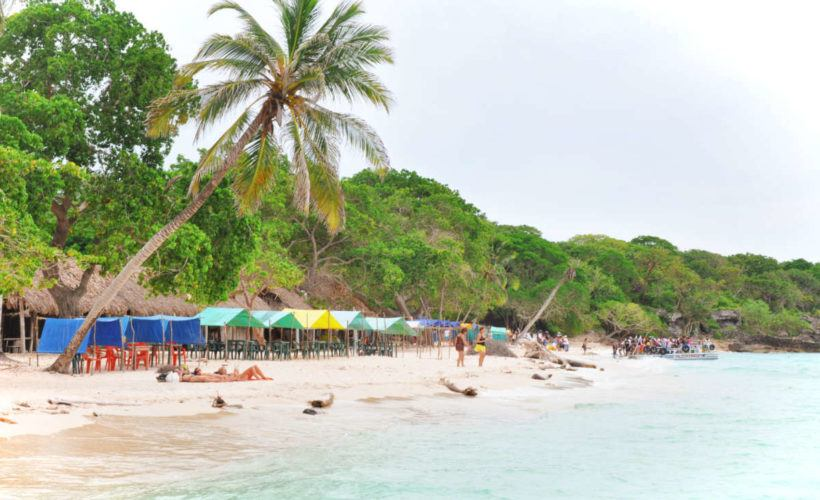 Travel Guide to Isla Baru: Cartagena, Colombia's Tropical Island Paradise