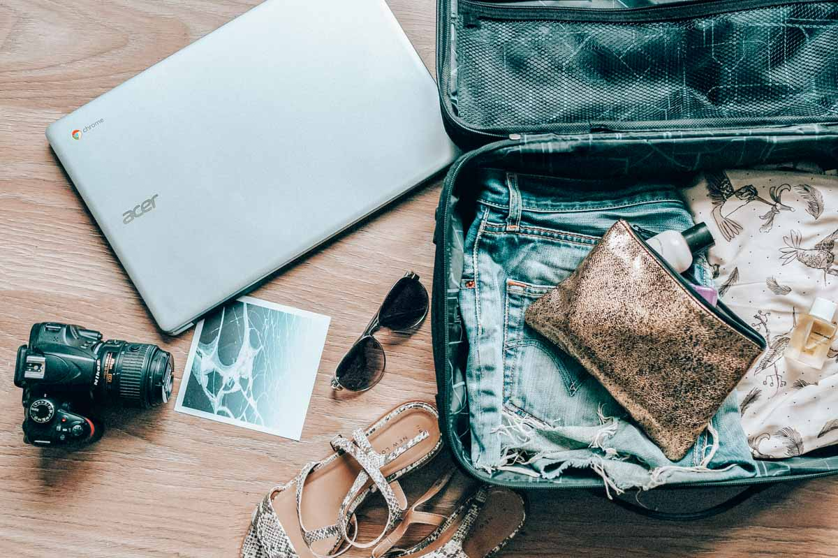 Long haul flight essentials and travel tips for economy fliers. Because let's face it, long flights are the worst part of traveling.