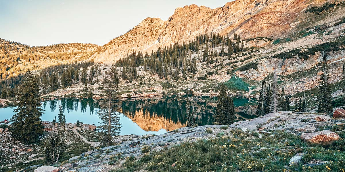 The 8 best hikes in Salt Lake City, from Ensign Peak to Cecret Lake to Bells Canyon! Waterfalls, mountains, and more hiking in and around Salt Lake City, Utah.