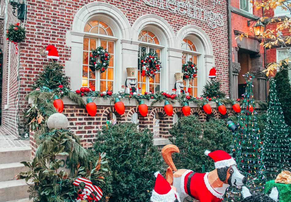Historic home in Logan Circle, Washington DC in the winter with Christmas decorations!