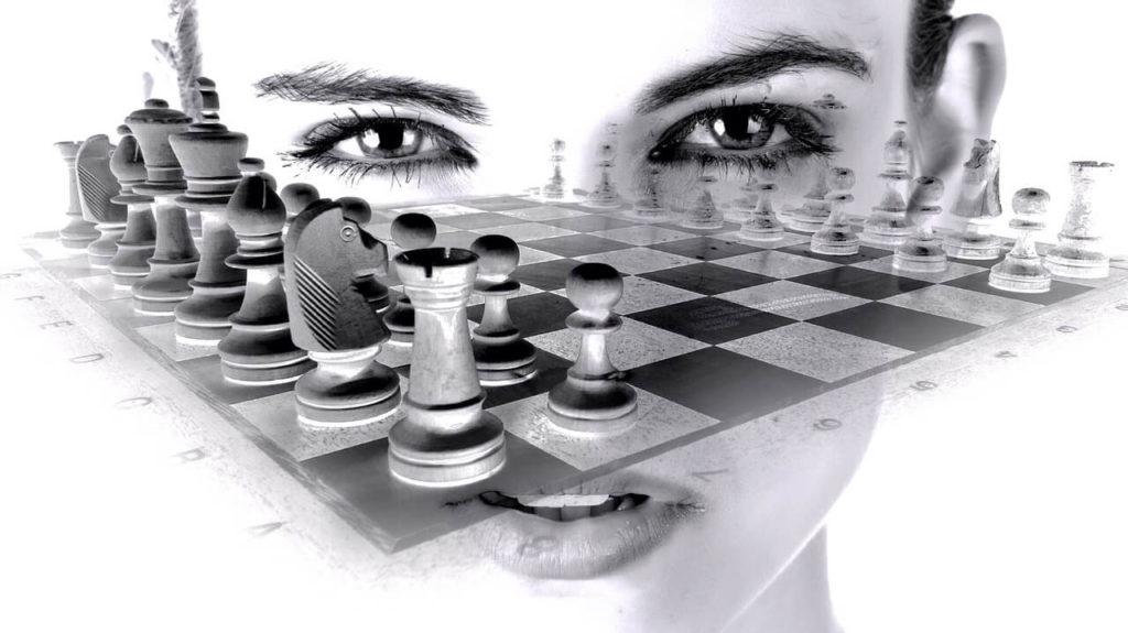 Weird 3d chess.