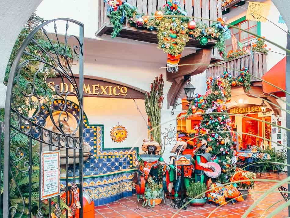 Entrance to Fiestas de Mexico in Old Town San Diego, California