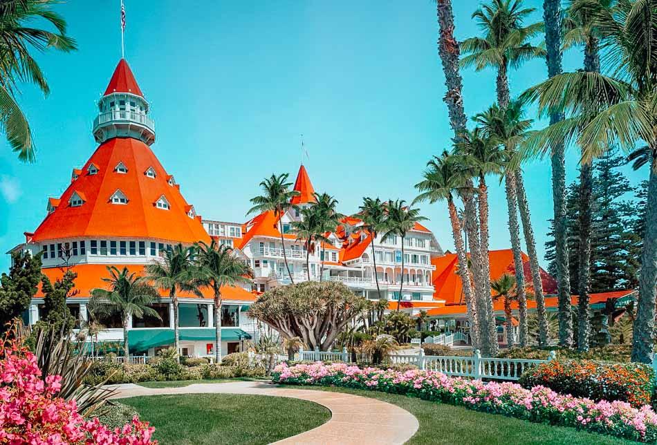 Vista walk during a bright sunny day at the Hotel del Coronado in San Diego, CA.