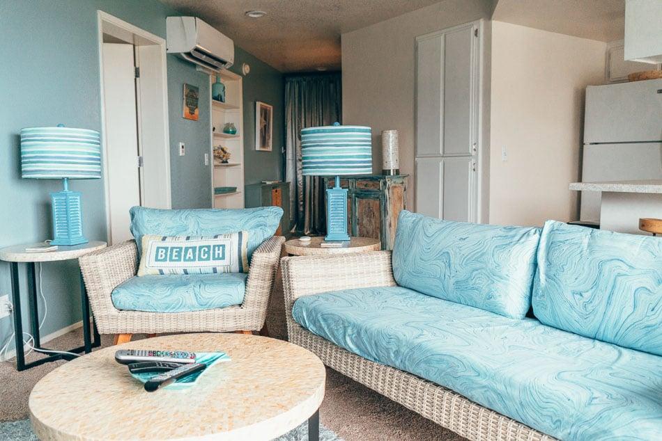 A beach house themed single bedroom apartment in the Shoreline Inn in Cayucos, California on the Central Coast