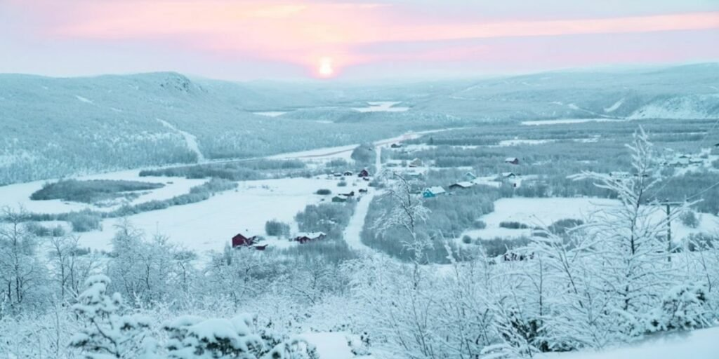 The sun peeking above the horizon in Alta, Norway for the very first time after a month of Polar Night (and then immediately disappearing again).